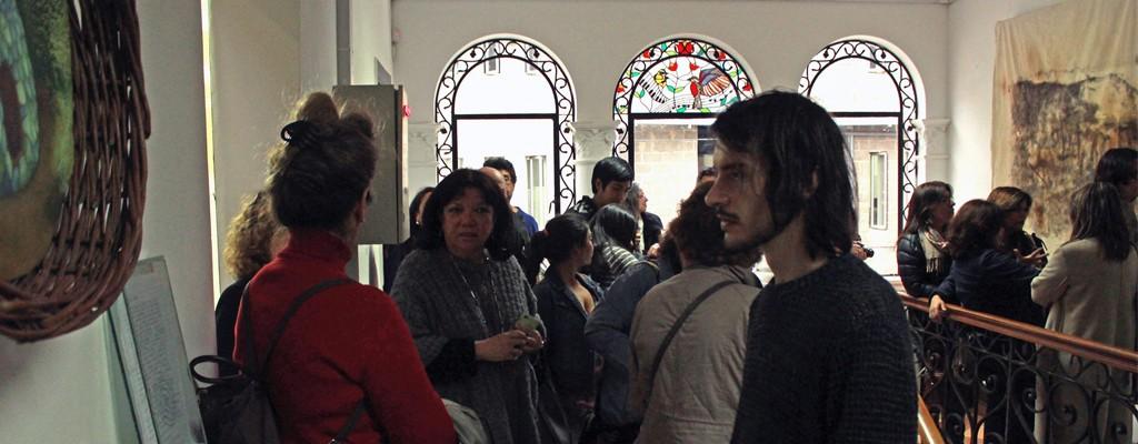Exposición Sanar y Contener en Galería Bellas Artes.